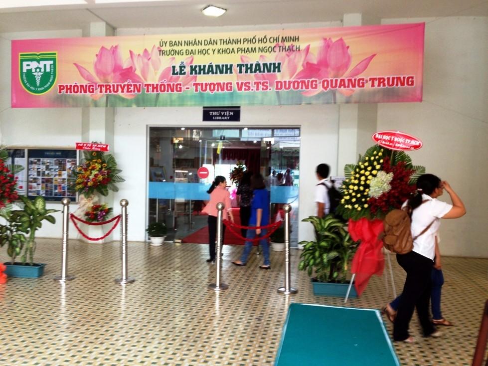 Le hoi truyen thong truong DH Y Khoa Pham Ngoc Thach TPHCM