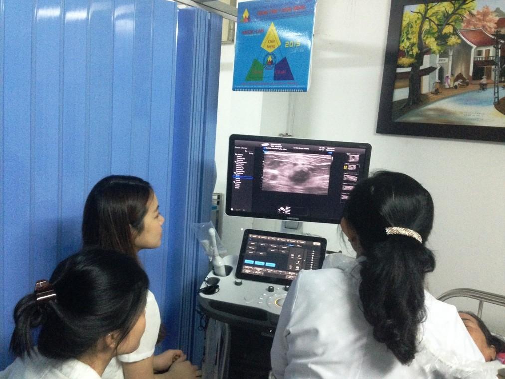 Medic van hanh may sieu am RS80A SAMSUNG